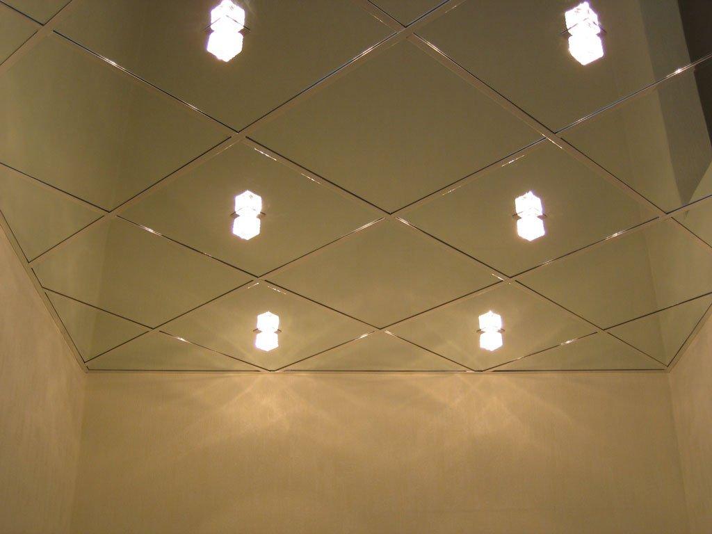 Фото пластиковых потолков на кухне
